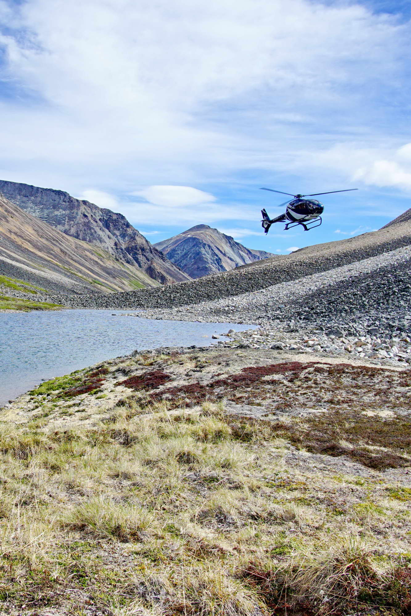 Coast-Mountains-Yukon-helicopter-1